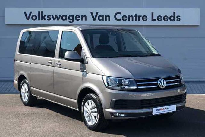 Volkswagen Caravelle SE SWB EU6 150 PS 2.0 TDI BMT *SAT NAV* FRONT AND REAR PARKING SENSORS*